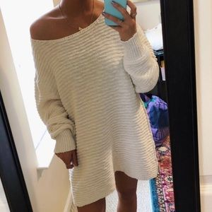 Free people Ivory Oversized Sweater L